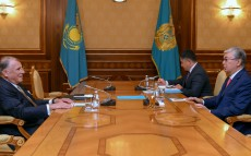"Kassym-Jomart Tokayev received Klaus Mangold, former Chairman of the German Eastern Business Association, Independent Director of ""Baiterek"" National Management Holding"" JSC"