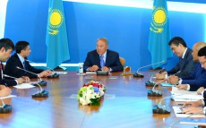 "Meeting with President and CEO of ""General Electric Oil and Gas"" Lorenzo Simonelli  within the framework of the Foreign Investors Council under the President of Kazakhstan"
